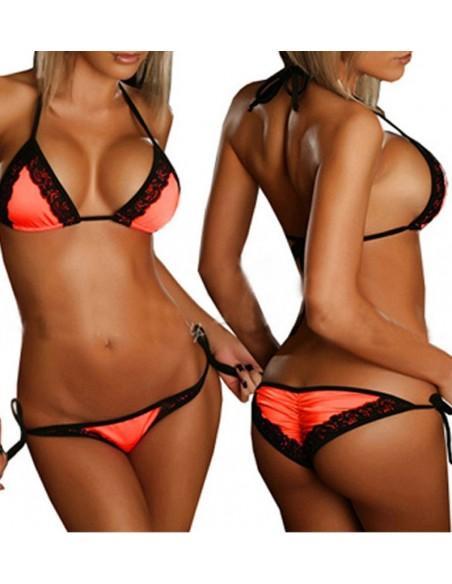 Costume da bagno Sexy Bikini Rosso Con Inserti In Pizzo Nero